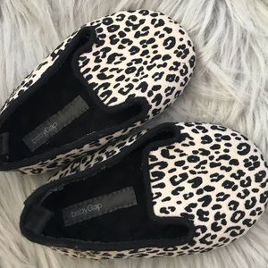 Baby gap shoes for girl